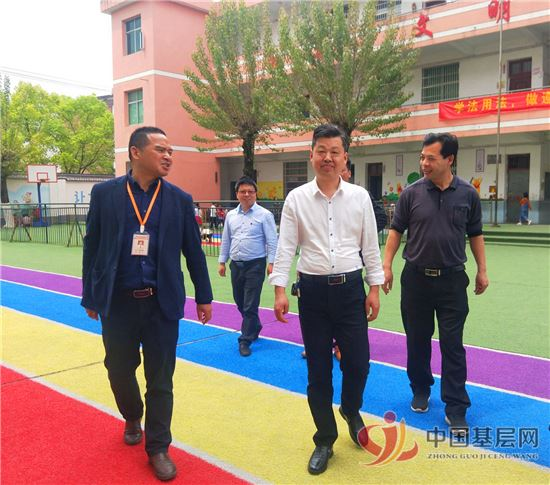 玉山县教体局副局长刘