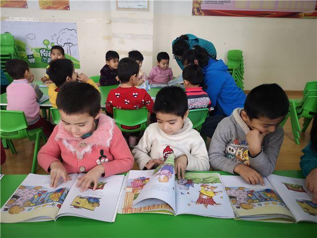 华润怡宝新疆乡村图书馆今日开馆