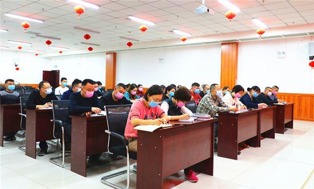 """新疆喀什:多措并举,为人民群众筑牢""""防疫网"""""""